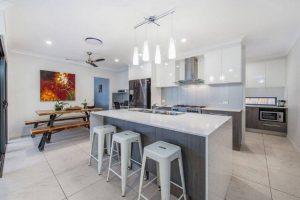 Custom kitchens and cabinets Carina